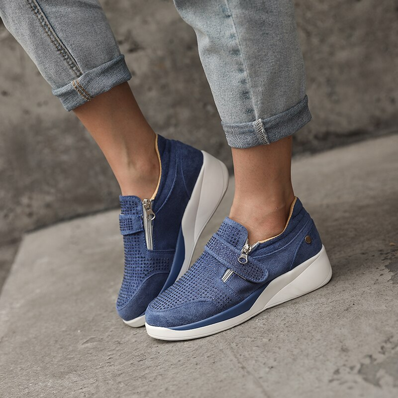 2020 New Unisex Fashion Sneakers Women Shoes Plus Size 43 Glitter Crystal Sneakers Platform Comfort Blue Gold Silver Black Shoes
